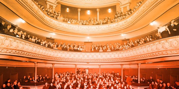 Digital guidad visning av Gävle Teater